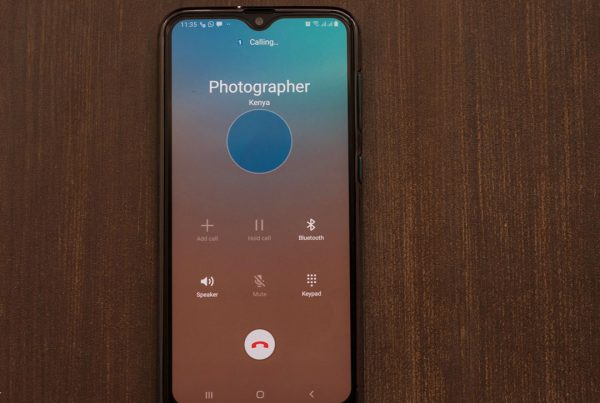 Phone showing photographer not available